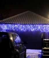 """Светодиодный уличный занавес """"Бахрома"""" 5.0 х 0.6 метра. Синяя с флеш-эффектом"""