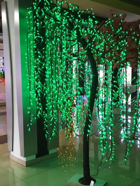 Ива 2,7м 1728 лепестков. Зеленая