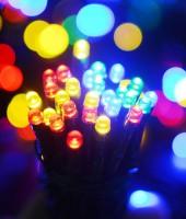 Управляемая RGB-гирлянда на резиновом проводе: 270м с ДУ на елки высотой от 5 до 20м