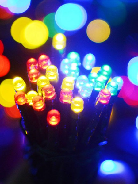 Управляемая RGB-гирлянда длиной 270м  с пультом ДУ на елки высотой от 5 до 20м