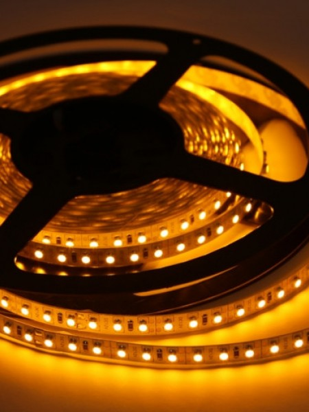 Светодиодная лента LUX герметичная 3528 120 диодов желтая