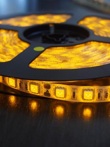 Светодиодная лента LUX герметичная 5050 30 диодов желтая