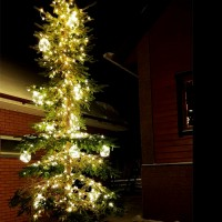 Светодиодные гирлянды с шарами 18 см на елку